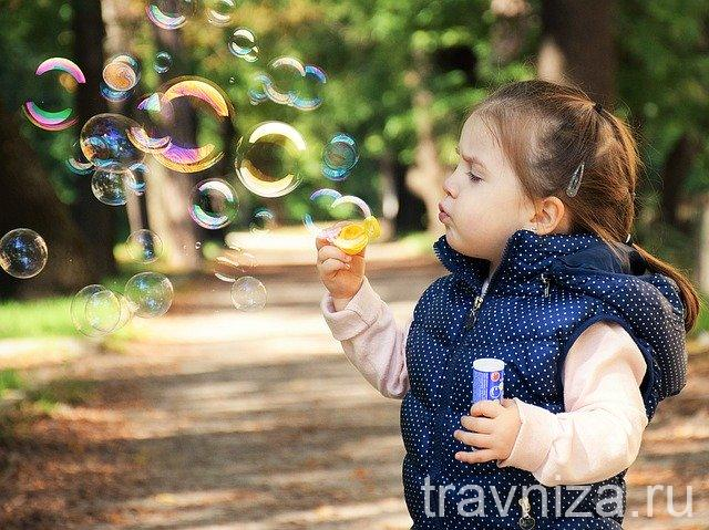 лечение насморка у детей народными методами